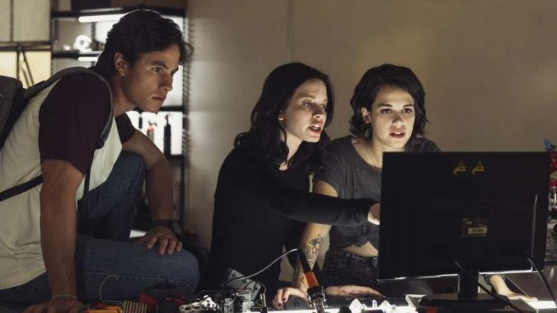 'Control Z' tem segunda temporada confirmada; veja reações do elenco