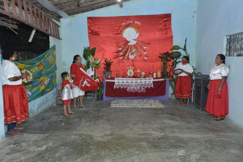 Floriano mantém a tradição cultural/religiosa do Divino Espírito Santo