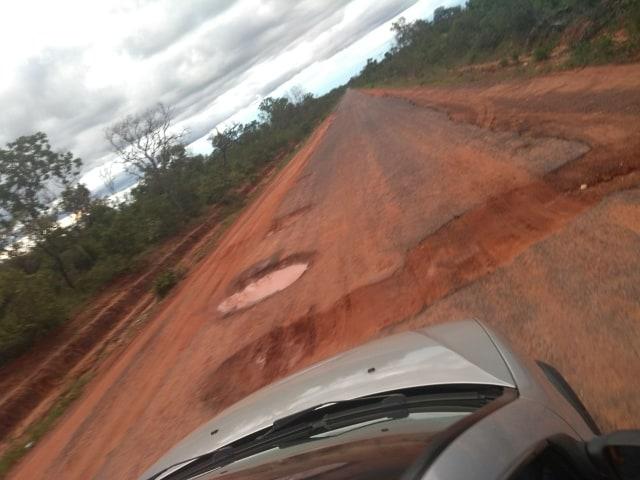 Moradores do município de Barreiras do Piauí solicitam revitalização do asfaltamento da PI-260