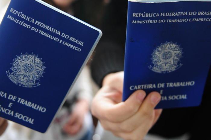 IBGE aponta que falta trabalho para 26,4 milhões de brasileiros