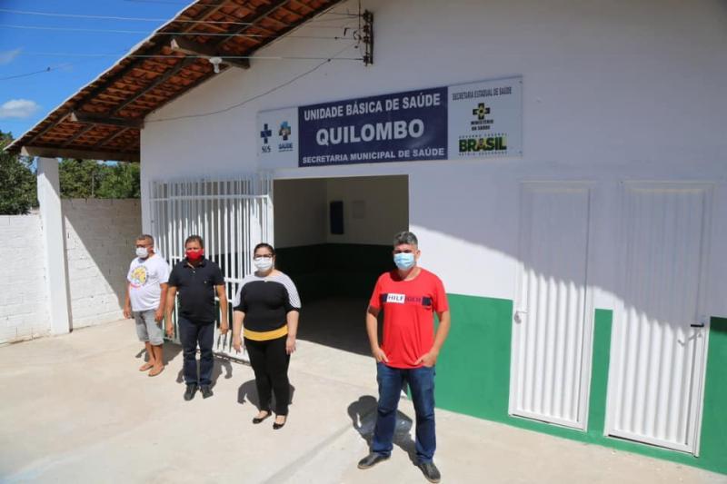 Prefeita Patrícia Leal visita obra do posto de saúde na zona rural de Altos