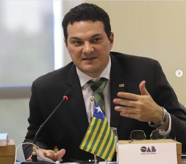 Presidente da OAB-PI orienta sociedade a cobrar soluções sobre decretos