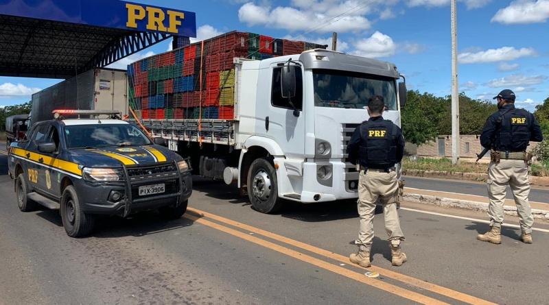 Homem é preso com CNH falsa e caminhão roubado no Piauí
