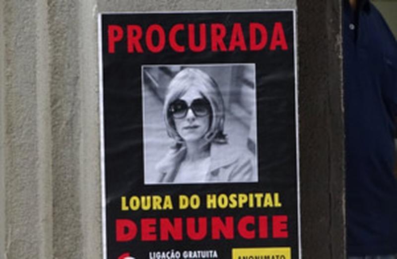 Fina Estampa: Crô descobre que Tereza Cristina é procurada pela polícia