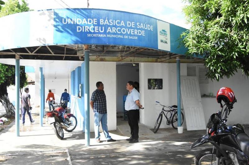 Joel Rodrigues visita Unidades Básicas de Saúde em reforma