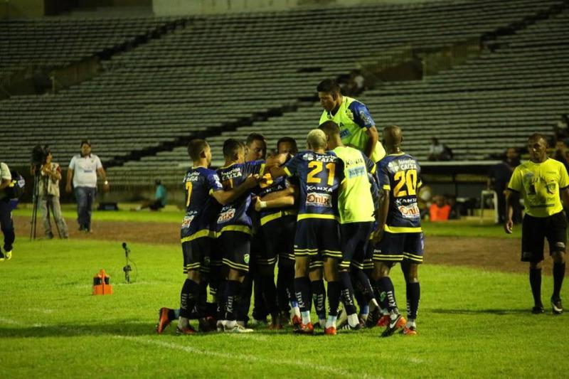 Altos vence o Parnahyba na quinta rodada do Piauiense