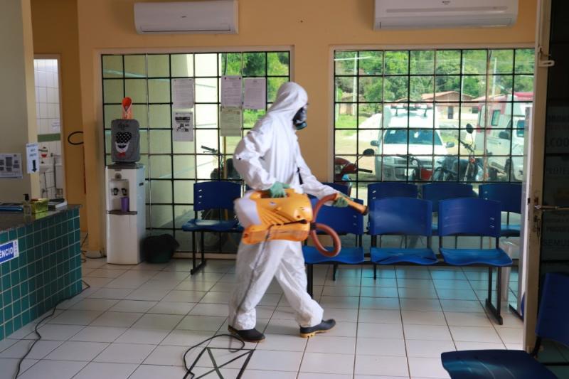 Prefeitura de Miguel Leão realiza sanitização em locais públicos da cidade