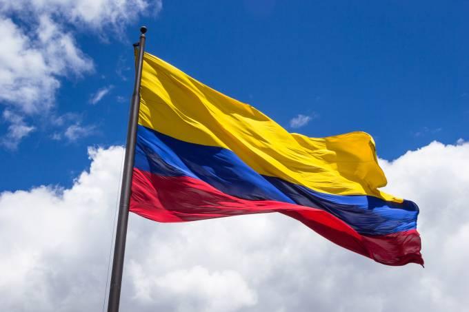 Colômbia aprova prisão perpétua para estupradores e assassinos de crianças