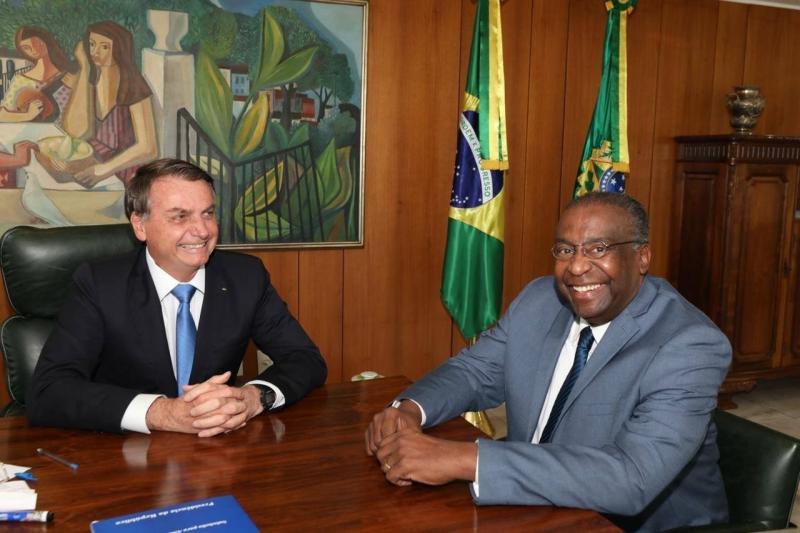 Carlos Decotelli é anunciado como novo ministro da Educação