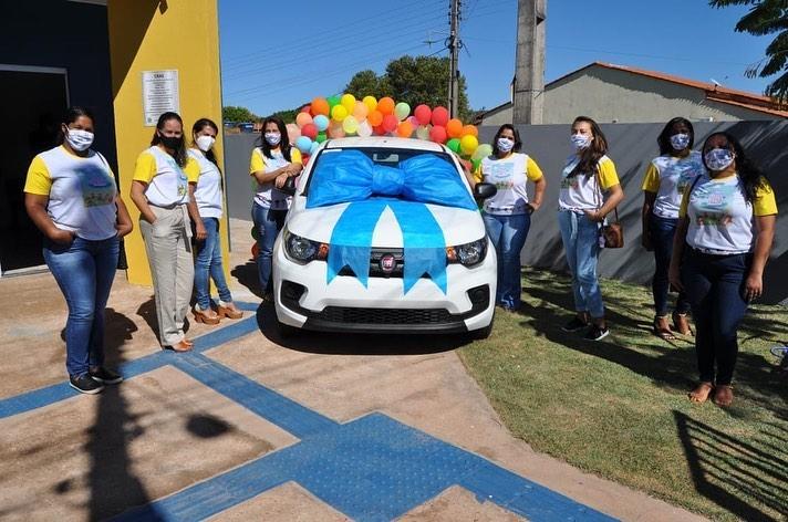 Prefeitura de Corrente adquire veículo para o Programa Criança Feliz