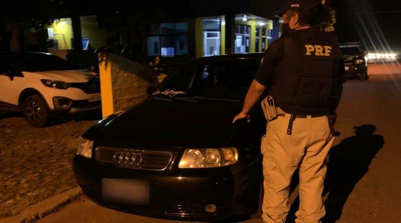 PRF apreende carro de luxo adquirido mediante fraude em Teresina