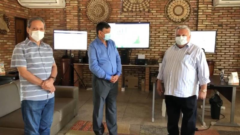 Dr. Alcione se reúne com governador e garante obra de estrada em Lagoinha