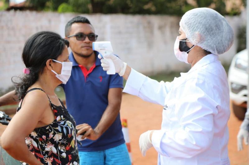 Equipe de Saúde de Altos instala barreiras sanitárias no bairro Boa Fé