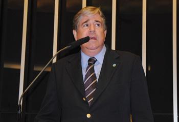 Hugo Napoleão é cotado para assumir Ministério da Educação
