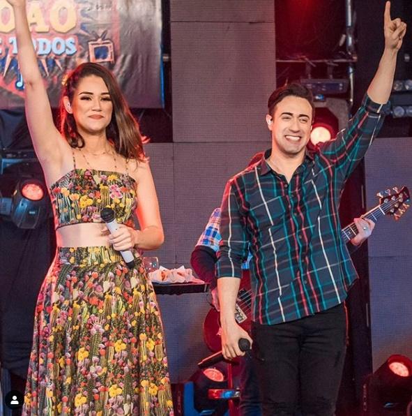 Limão com Mel anuncia live para o dia 18 de julho