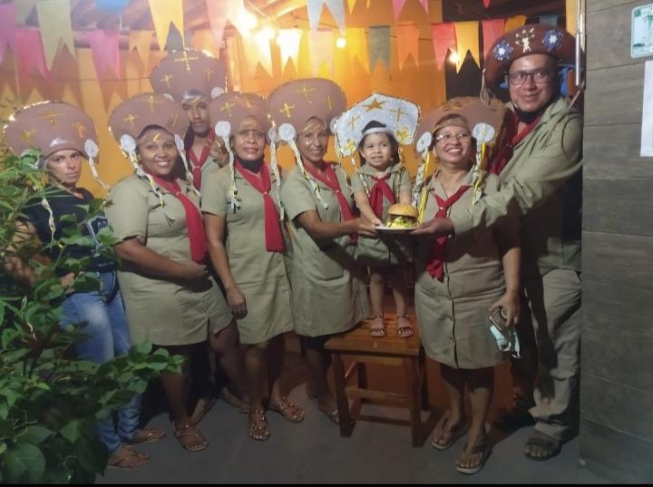 Lançamento do hambúrguer Lampião na Quiros Burguer em São João dos Patos