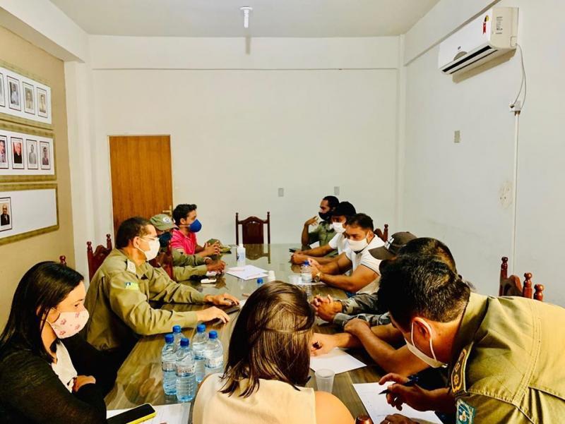 SEMUT de Corrente realizou uma reunião com agentes de trânsito da PM