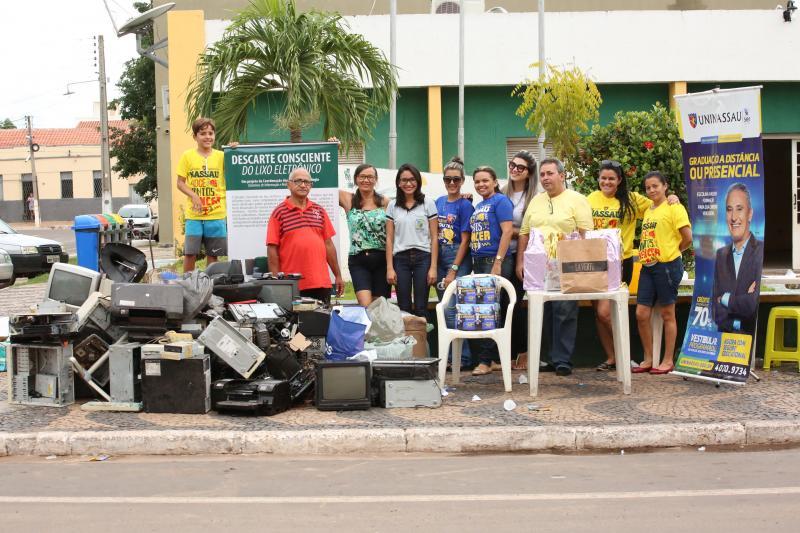 Projeto recolhe mais de 800 quilos de lixo eletrônico em Altos