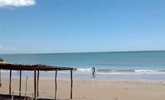Prefeito Mão Santa é flagrado em praia descumprindo decreto