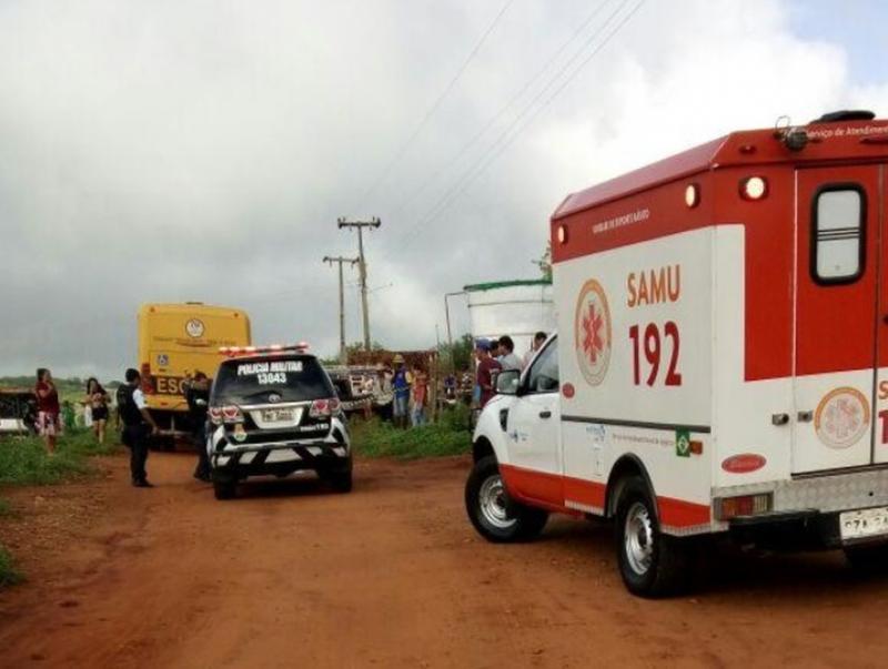 Criança de 4 anos morre ao cair de ônibus a caminho de escola