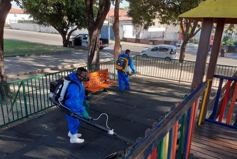 Equipes de Sanitização intensificam desinfecção de locais públicos em Timon