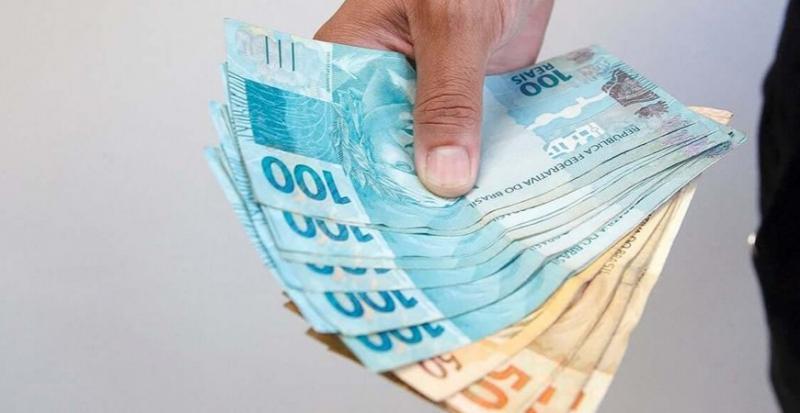 Renda Brasil deve pagar de R$ 250 a R$ 300, diz governo