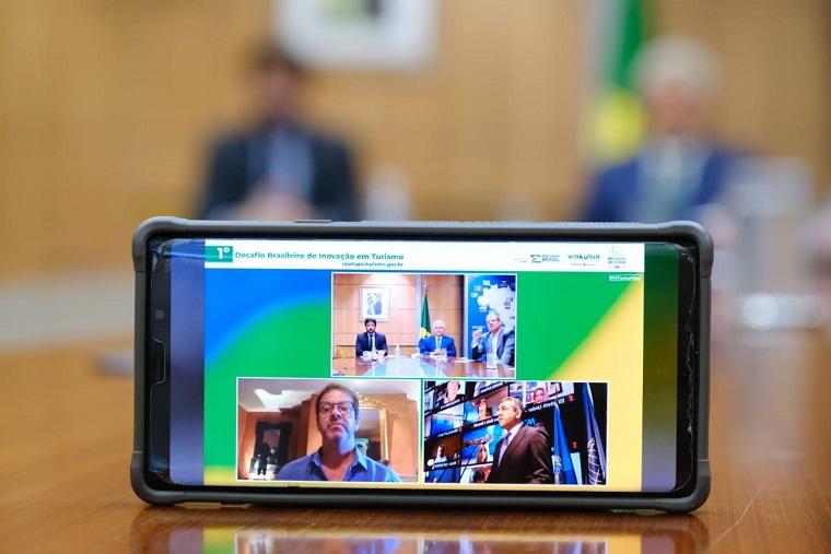 Em live, MTur lança o 1º Desafio Brasileiro de Inovação em Turismo