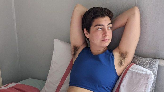 Marca de absorvente faz propaganda com homens trans que menstruam