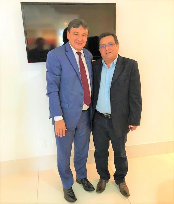 Prefeito Genival Bezerra Participa de Audiência com Governador Wellington Dias em Teresina.