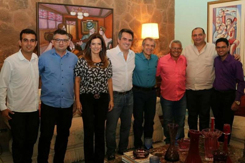 Prefeitos da Ampar participam de encontro na casa do senador Ciro Nogueira