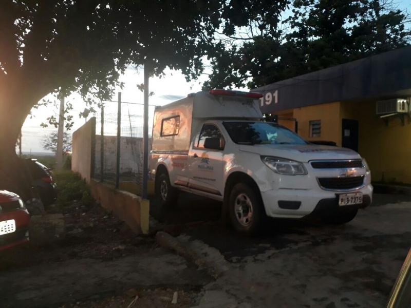 PRF apreende veículo da saúde do municipio de Prata do Piaui