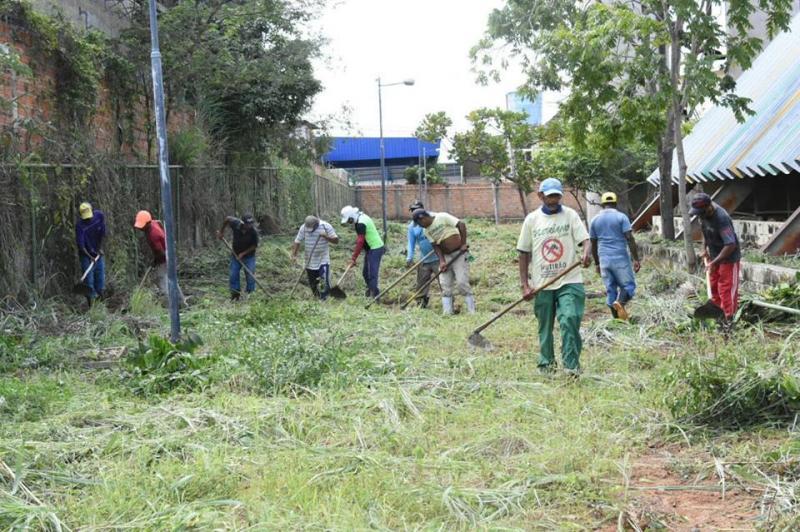 Mutirão da Limpeza alcança escolas municipais da zona urbana de Floriano