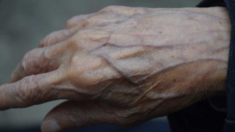 Idoso de 84 anos é morto a facadas pelo neto dentro de casa
