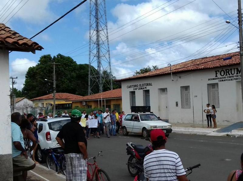 População realiza manifestação em prol da segurança