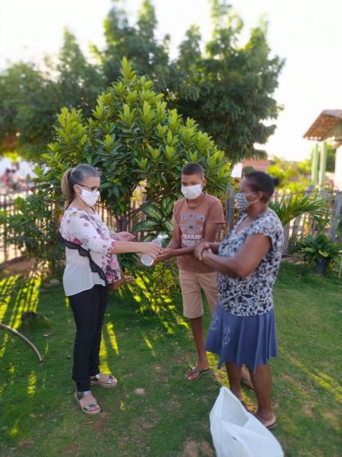 Prefeitura de Gilbués distribui kits higiênicos para combate ao Covid-19