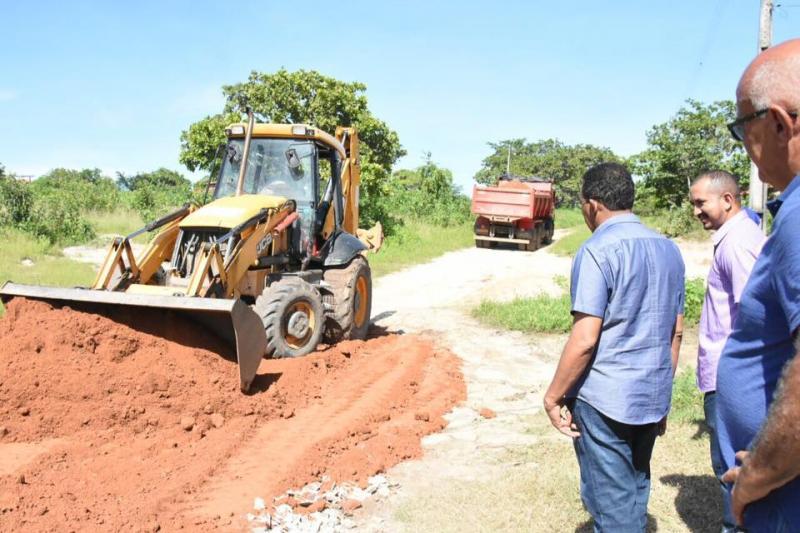 Prefeitura inicia melhorias em pontos críticos deteriorados pelas chuvas
