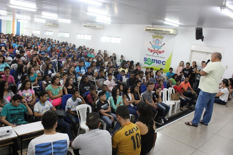 Semec oferta reforço escolar para 350 alunos em Teresina