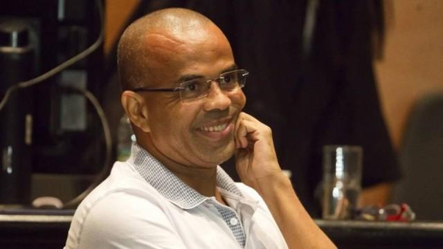 Bilhetes revelam que Fernandinho Beira-Mar lava dinheiro do tráfico com obras em favela