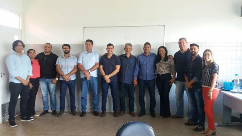 Prefeito Murilo se reúne com secretariado para fazer balanço e traçar metas para 2018