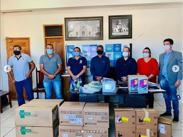 Prefeitura de Corrente doa cinco respiradores para o Hospital João Pacheco
