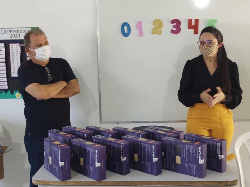 Agentes de Saúde recebem tablets para atendimento em Sta Cruz dos Milagres