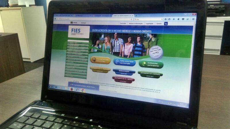 Ministério da Educação divulga resultado do Fies; confira