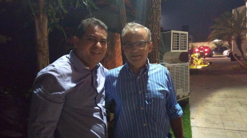 Prefeito Júnior Carvalho participa de encontro na casa do senador Ciro Nogueira