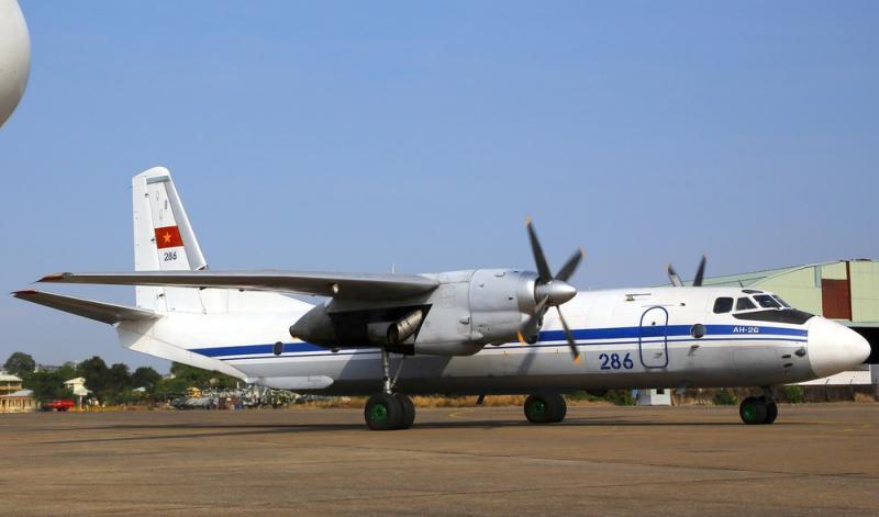 Avião militar russo cai na Síria e mata mais de 30 pessoas