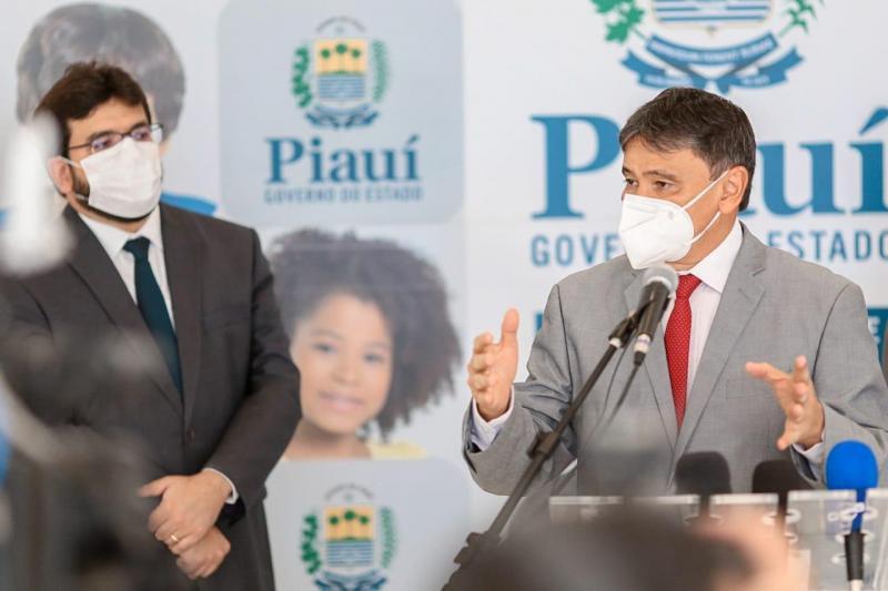 Governador Wellington Dias anuncia pagamento antecipado do 13º salário