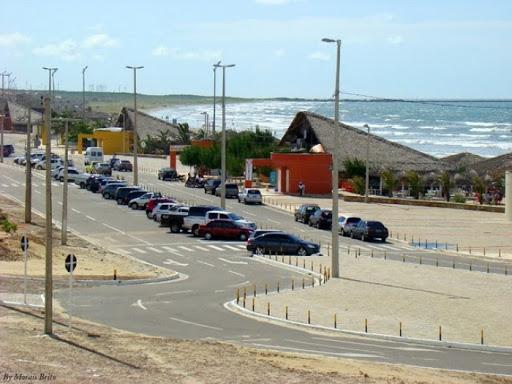 Bares, restaurantes de praias e balneários só funcionarão em setembro