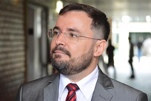 Fábio Novo diz que críticas de Ciro ao governo não são éticas