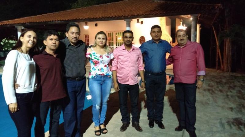 Prefeito Walter Alencar participa de encontro na casa do senador Ciro Nogueira