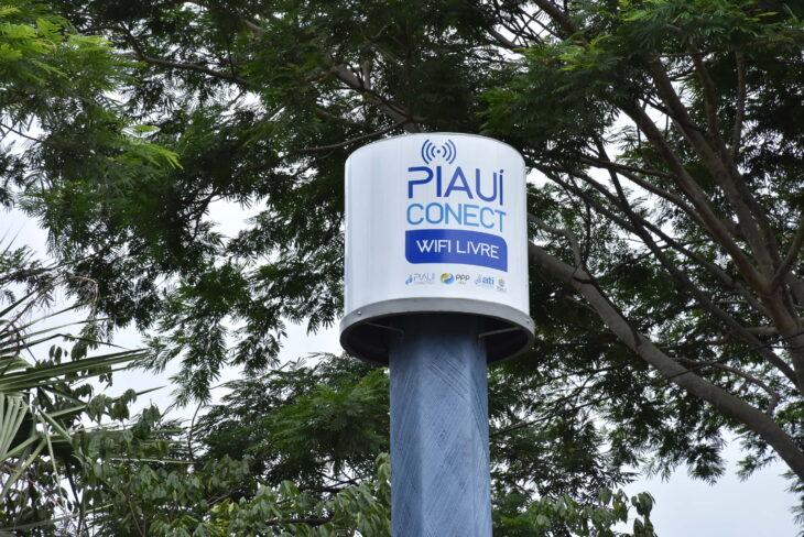 Praças de Água Branca ganham internet gratuita