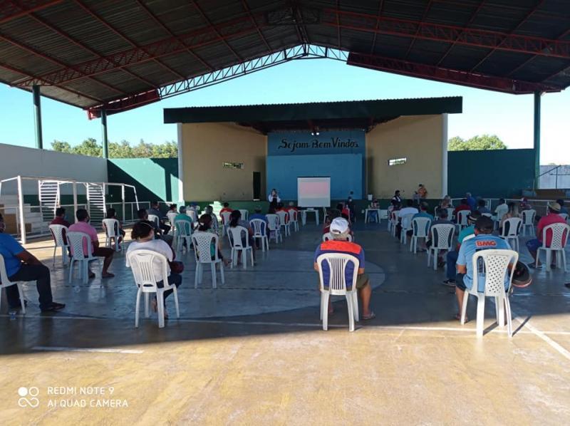 Saúde de Demerval Lobão realiza reunião com os comerciantes do município